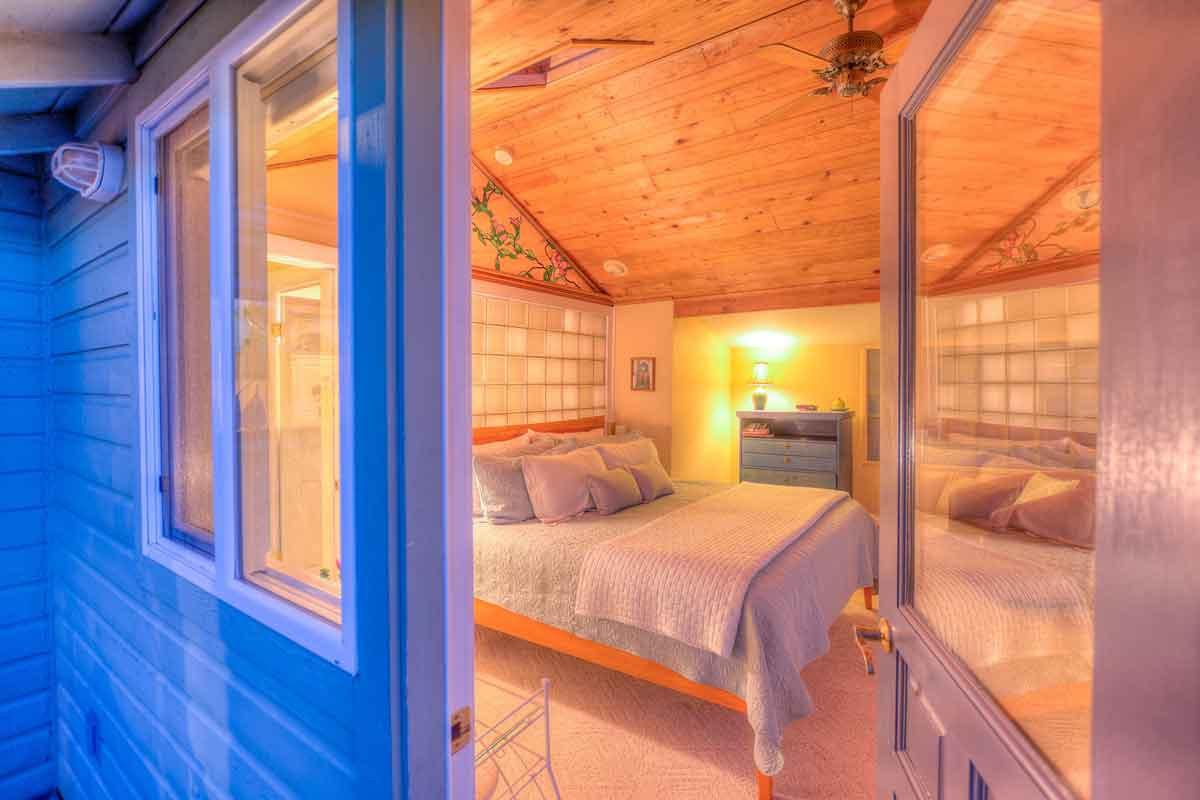 Mariner's Dream Cottage Bedroom