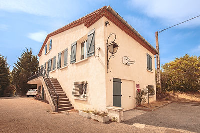 Villa 1.jpg