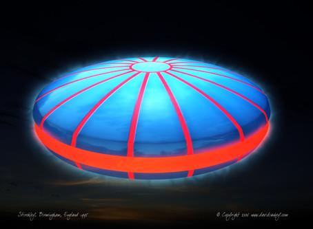 October 2010 – Stirchley, Birmingham – Glowing Bar-Shaped UFO Sighting
