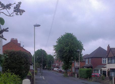 19/12/2013 - Sedgley - Grey UFO Sighting