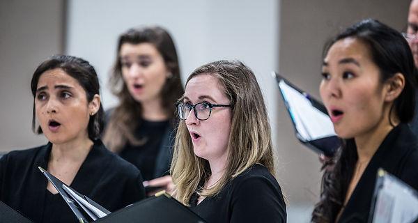 Exultate Chamber Singers - candid (mediu