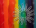33088193-paperclips-arranged-on-rainbow-