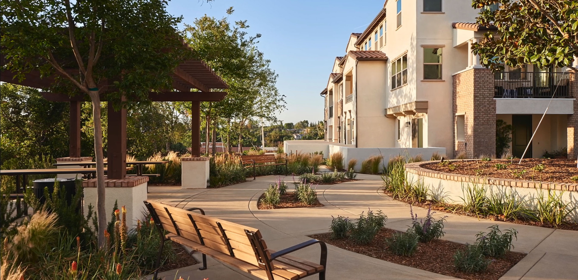 The Oaks Collection - Thousand Oaks - By City Ventures