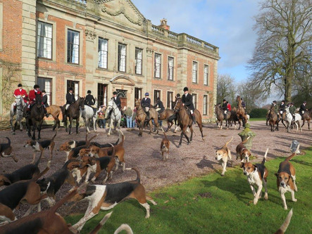 The North Staffs Hunt meeting at Oakley Hall