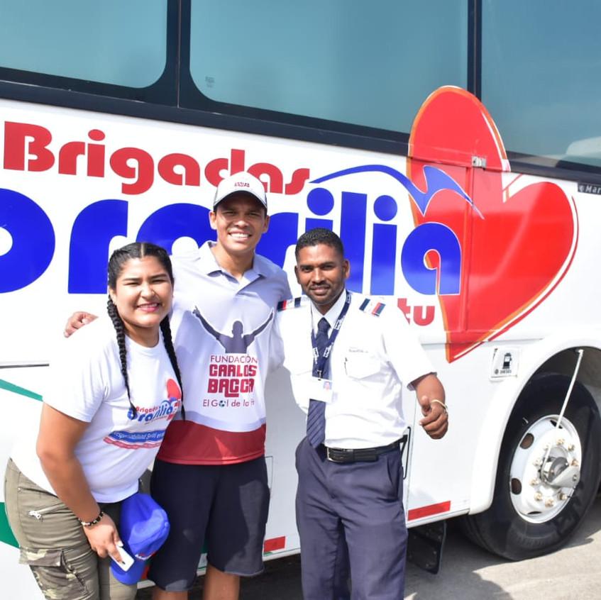 Bacca en bus-consultorio de Brasilia