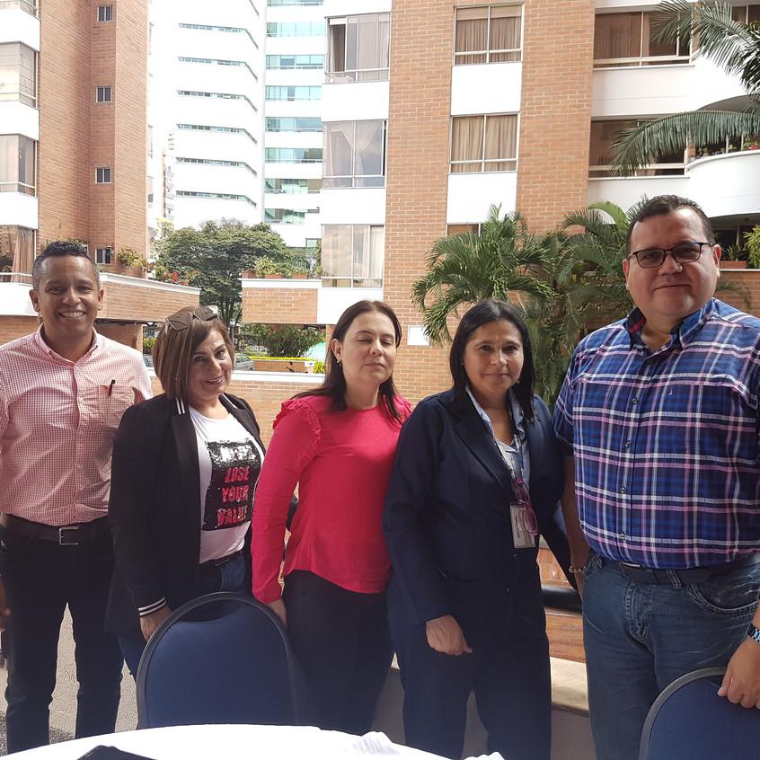 Tertulia con Afiliados en Medellín