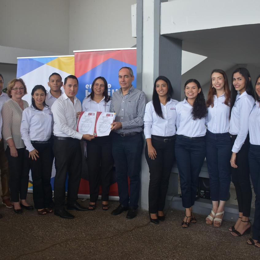 Brasilia_entrega_de_certificación_(33)