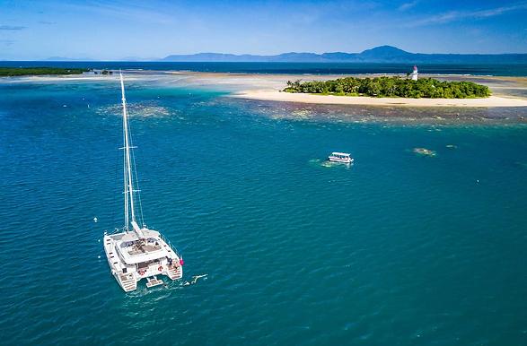Sailaway-VI-Low-Isles-ariel