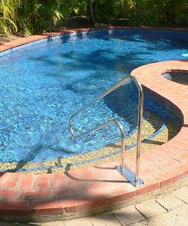 Mango Tree Holiday Apartments Port Douglas accommodation pool
