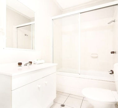 Mango Tree Holiday Apartments Port Douglas accommodation first floor apartment bathroom