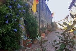 sorano-surroundings-tuscany