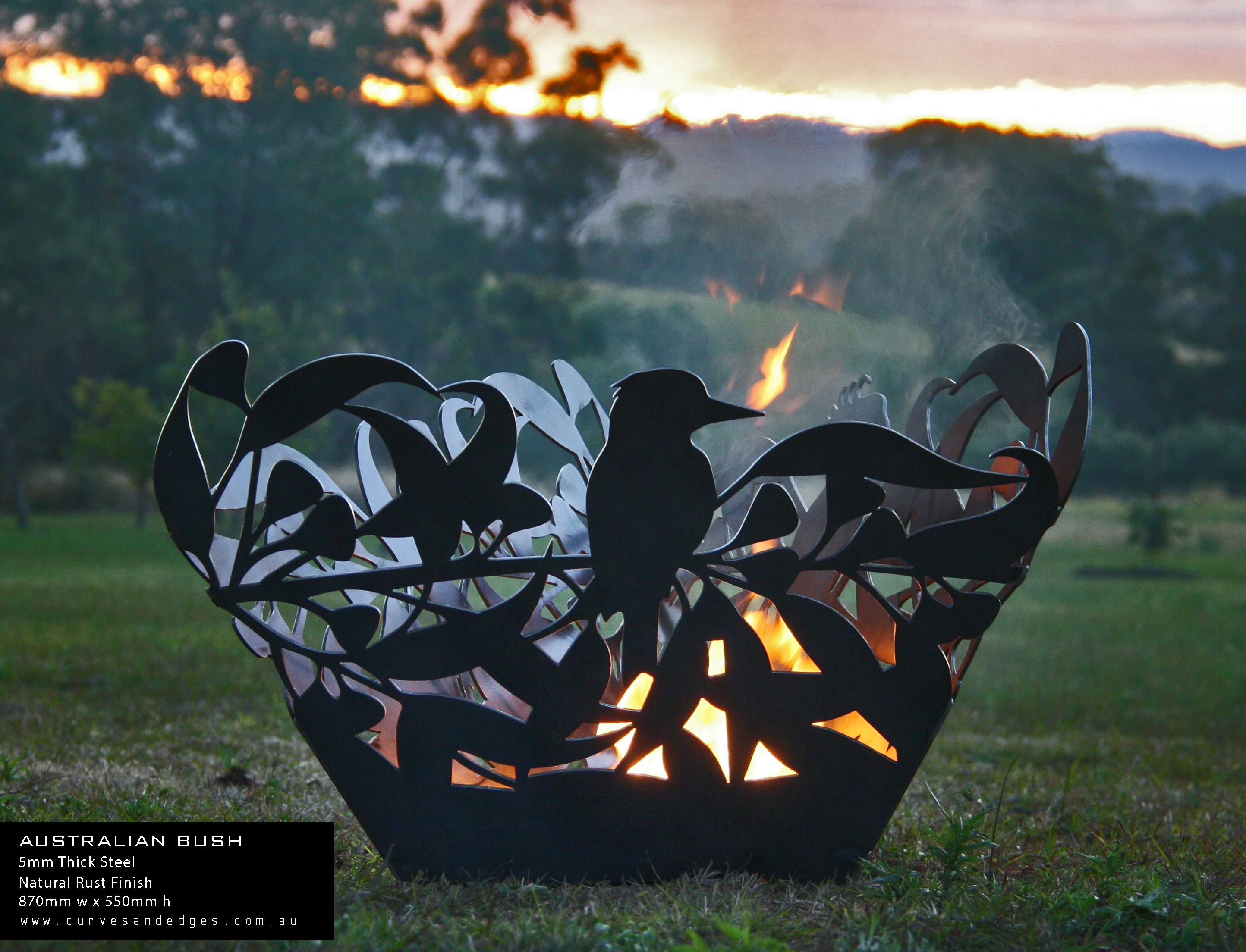 Australian-Bush-Fire-Pit---Curves-and-Ed