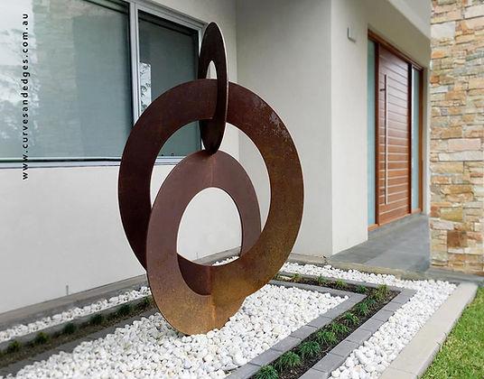 Sculpture Balanced Circles, Artist Sharo