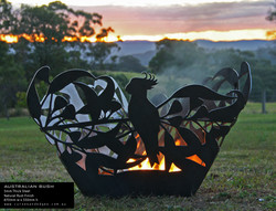 Australian-Bush-Fire-Pit---Curves-and-Ed