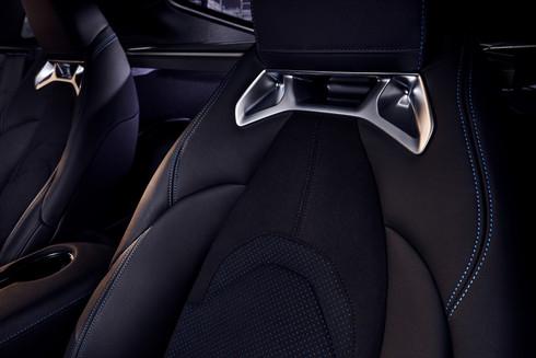 20-003_Toyota_033D_020_int_seats_COMP01_