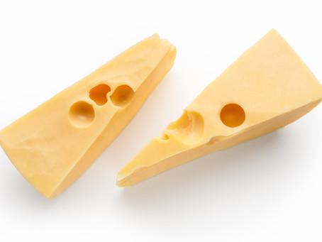 Proteasas, vitamina E y selenio para optimizar la maduración del queso.