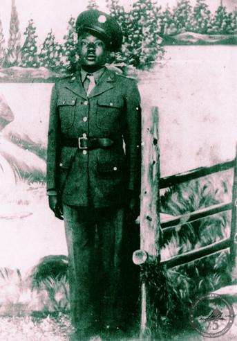 Meekins, Woodrow - WWII Photo