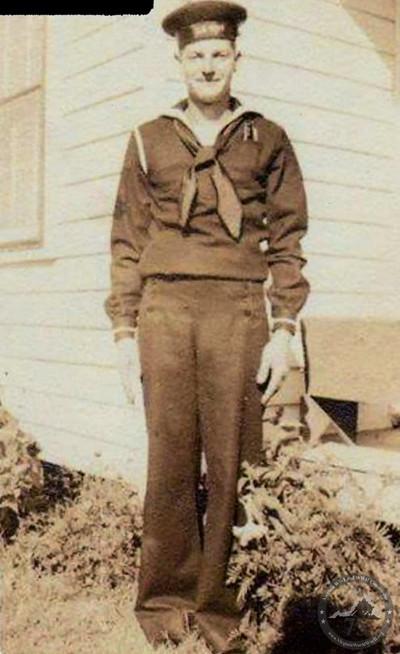 Gordon, Lawrence - WWII Photo