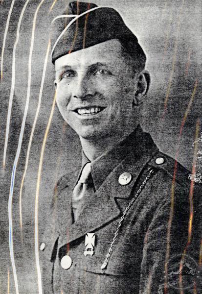 Rowell, Bill - WWII Photo