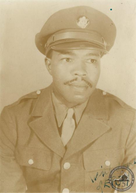 Kelly, Leroy - WWII Photo
