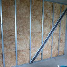 Innenwand mit Gebäudeaussteifung