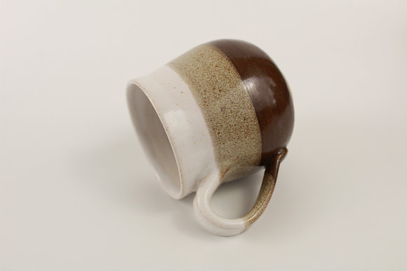 Tenmoku and White mug
