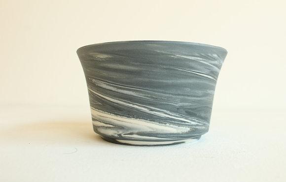 Marbled porcelain -  black & white