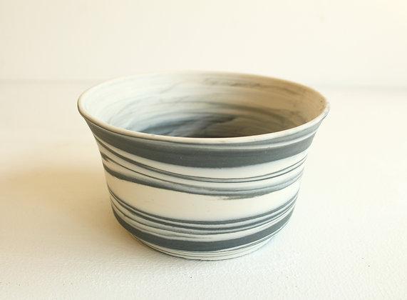 Marbled porcelain -  black & white (medium)