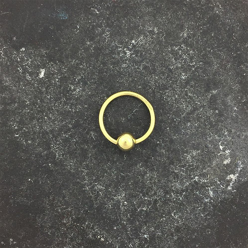 18ct Gold Bead Closed Ring.