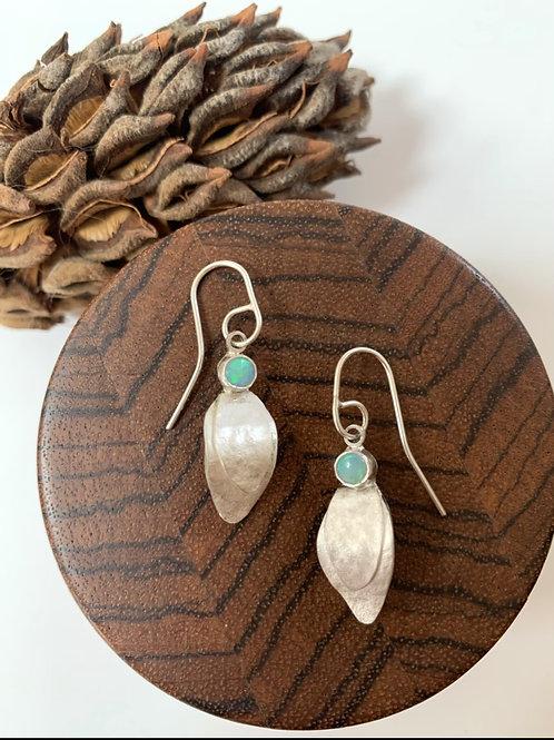 Silver single leaf earrings with opal