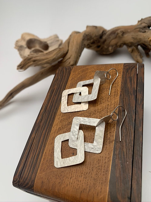 Linked silver square earrings