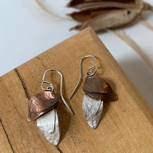 Silver and copper two leaf
