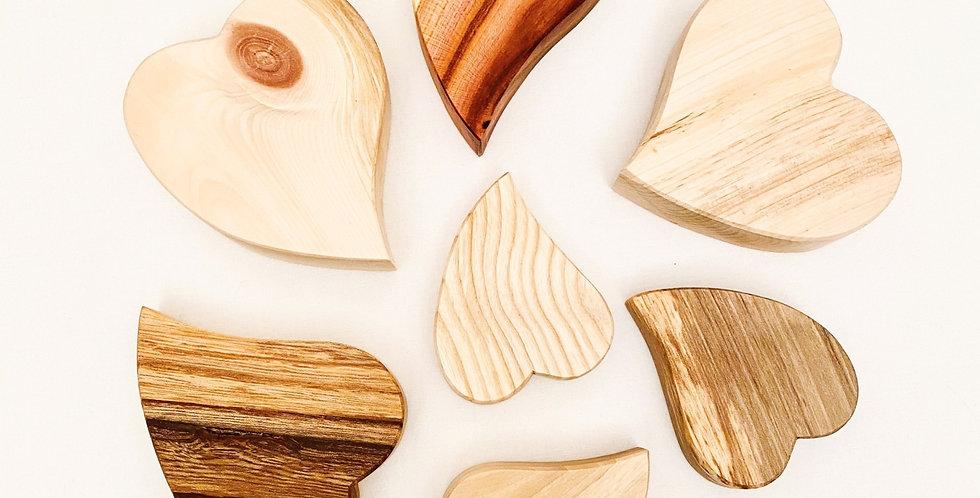 Diverse Holzherzen