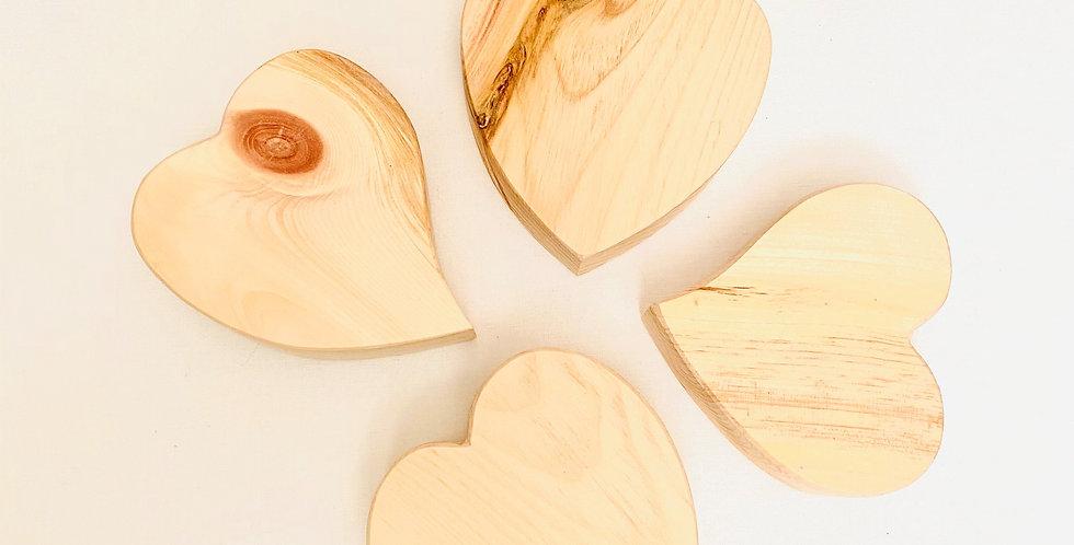 Zirbenholz-Herzen