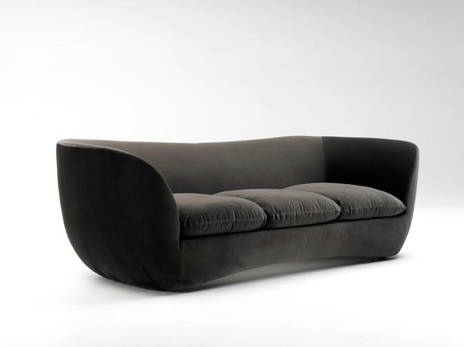 Suite 1910 Sofa by Zanaboni