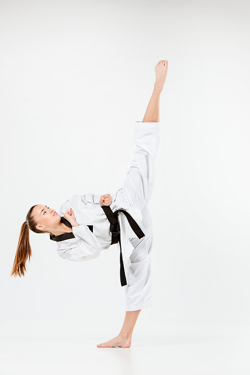 the-karate-girl-with-black-belt-PAYD6F3.