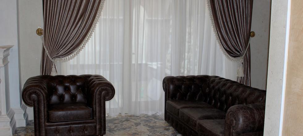 hotel-camelot-04.jpg