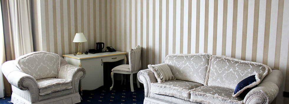 hotel-camelot-06.jpg