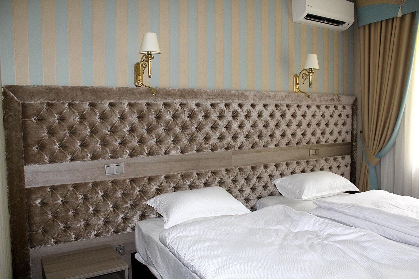 hotel-camelot-11.jpg