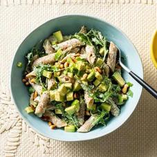 Pasta met cottagecheese, avocado en spinazie