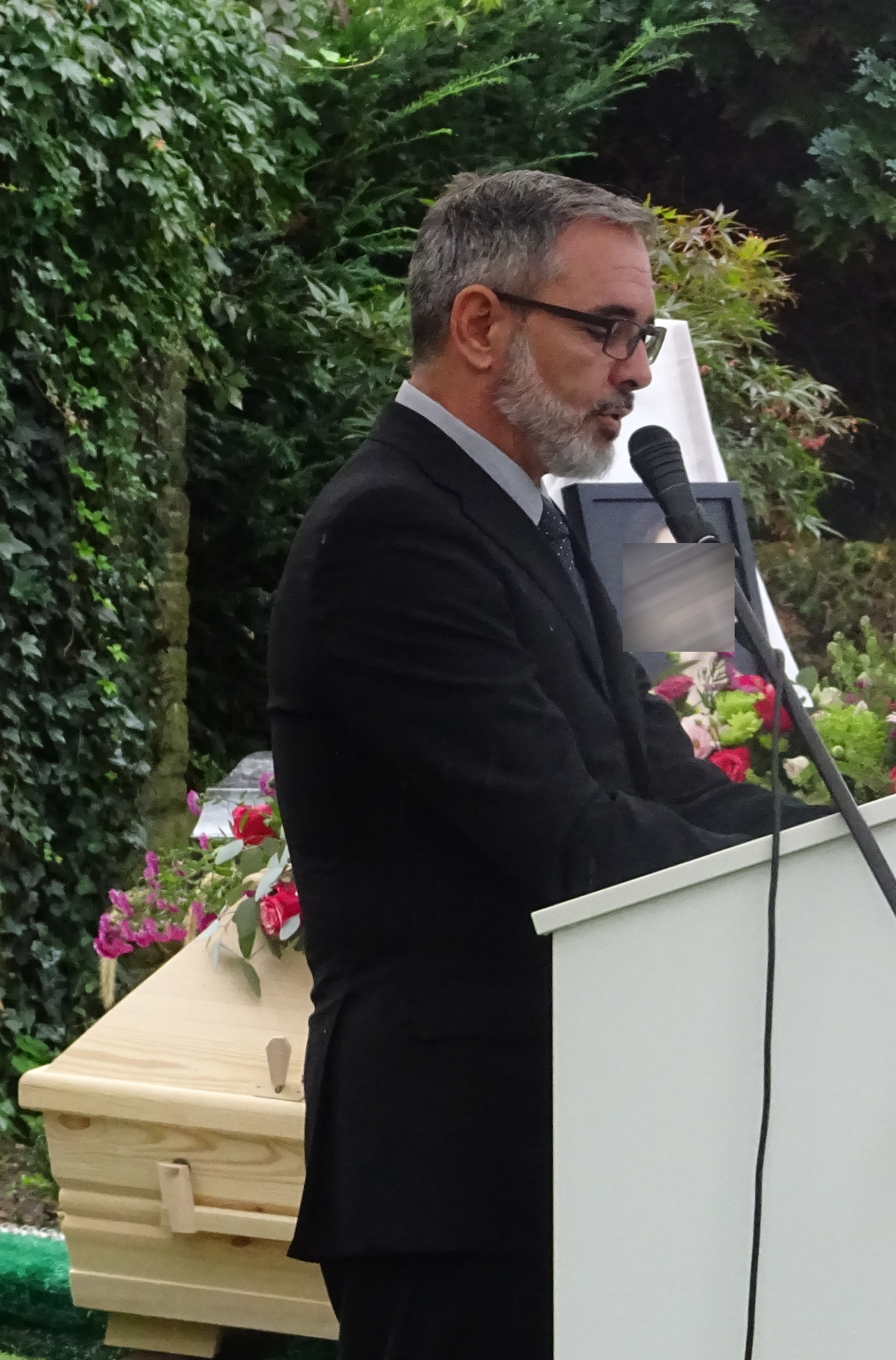 Trauerredner Grabredner Mario Dieringer.
