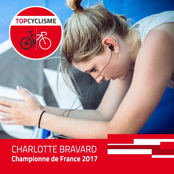 Charlotte Bravard concentrée avant un chrono.
