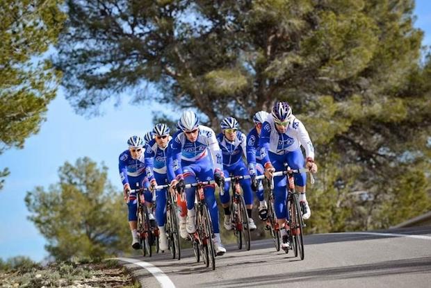 7 teams WorldTour roulent en Continental