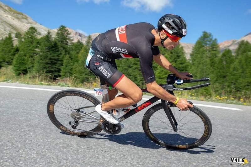 Kevin Runstadler sur son vélo de chrono
