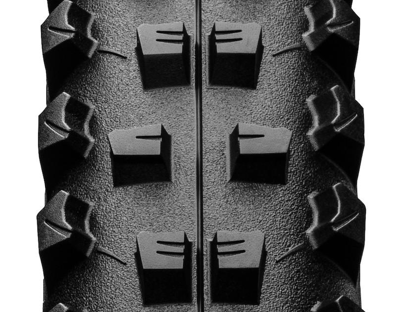 la gomme du pneu vtt Continental Baron Projekt