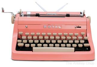 Pink Royal Quiet de Luxe Portable Typewriter