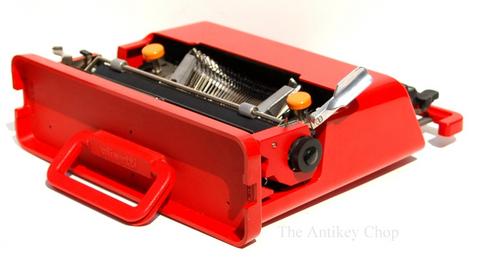 Olivetti Valentine Typewriter from AntikeyChop.com