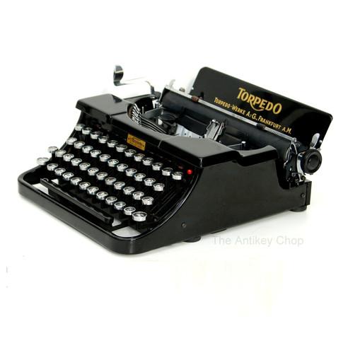 Torpedo Portable Typewriter