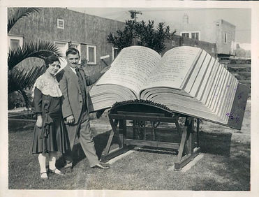 Louis Waynai and World's Largest Bible