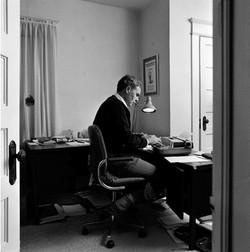 Author Raymond Carver
